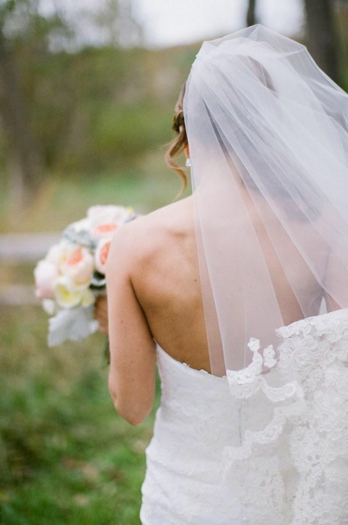 Hidden Pond Weddings