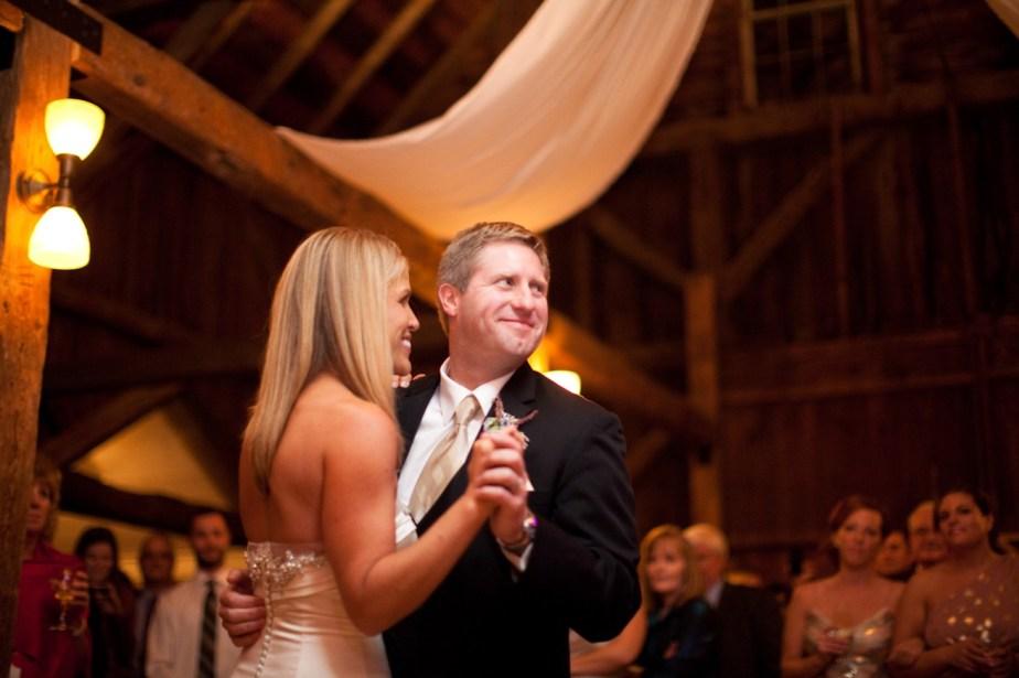 barn-on-walnut-hill-wedding-reception
