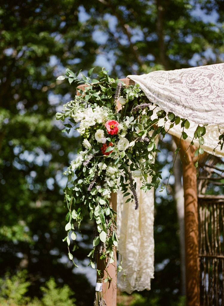 Chuppah Flowers by Michelle Peele
