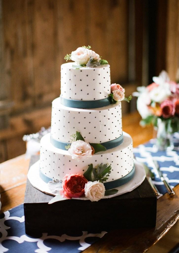 Flanagan Farm Wedding Cake