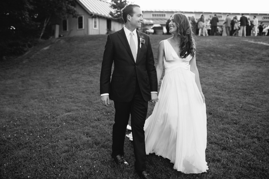 Marianmade_Farm_Wedding_Meredith_Perdue_16